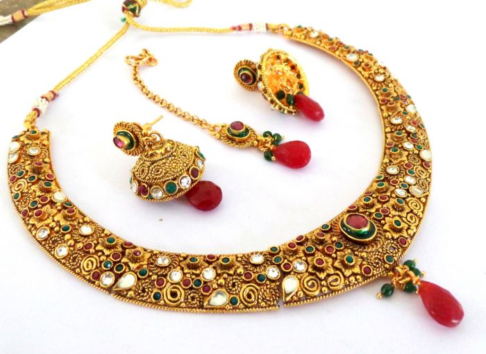 Multicolor Hansdi Necklace Set