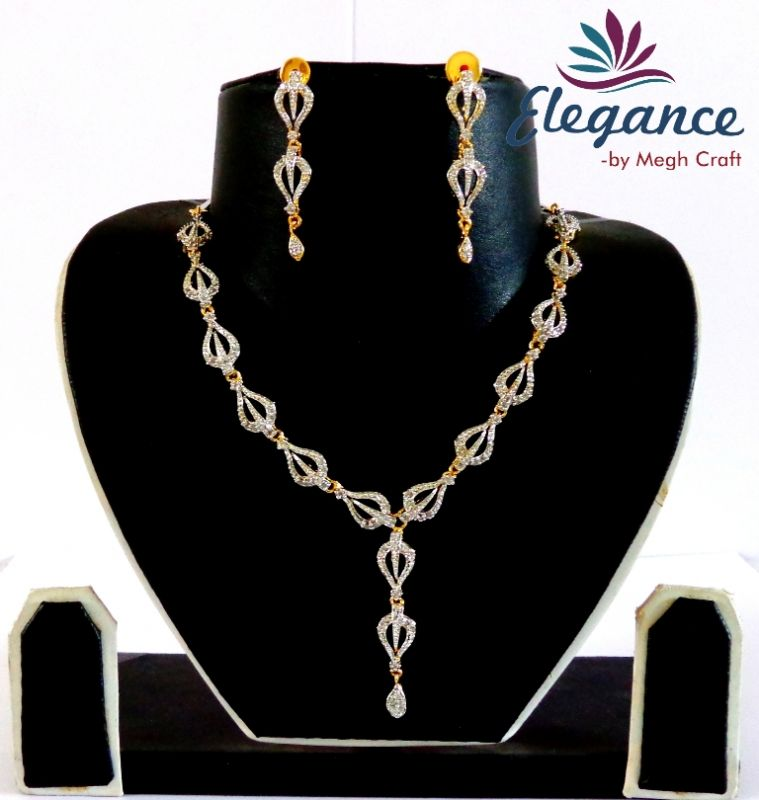 Delicate Necklace Earring Set