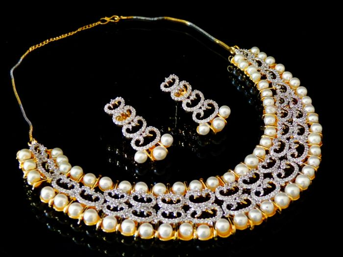 Bollywood Diamond Pearl Necklace