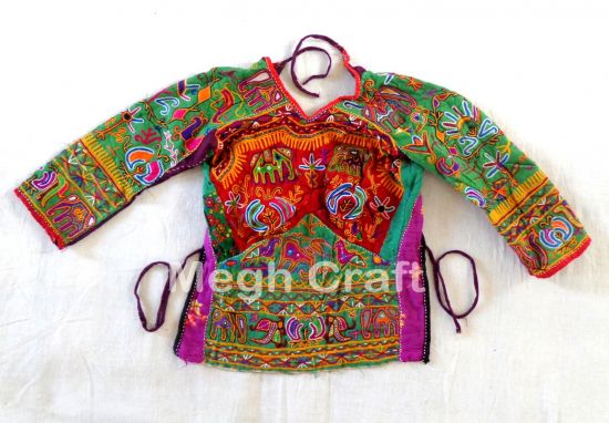 1960's Vintage Embroidery Blouse